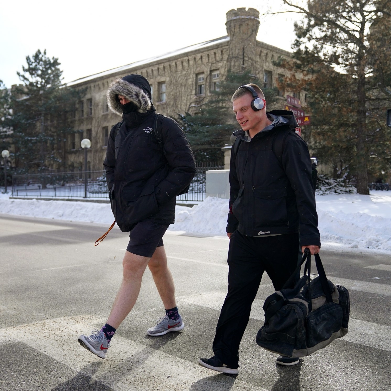 ... Minnesota man wears shorts during the state s deepest freeze in  decades, which can lead to f5932011a6