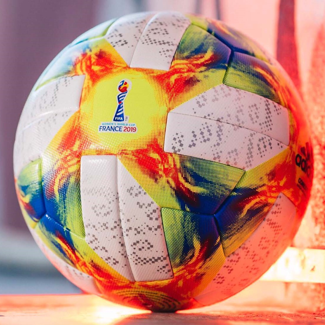 0ce99ac15d5c ... The US women's soccer team headed to the 2019 Women's Soccer World Cup:  Ball and