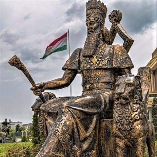 Statue of Achaemenid Emperor Cyrus the Great in Tajikistan's capital city, Doshanbeh