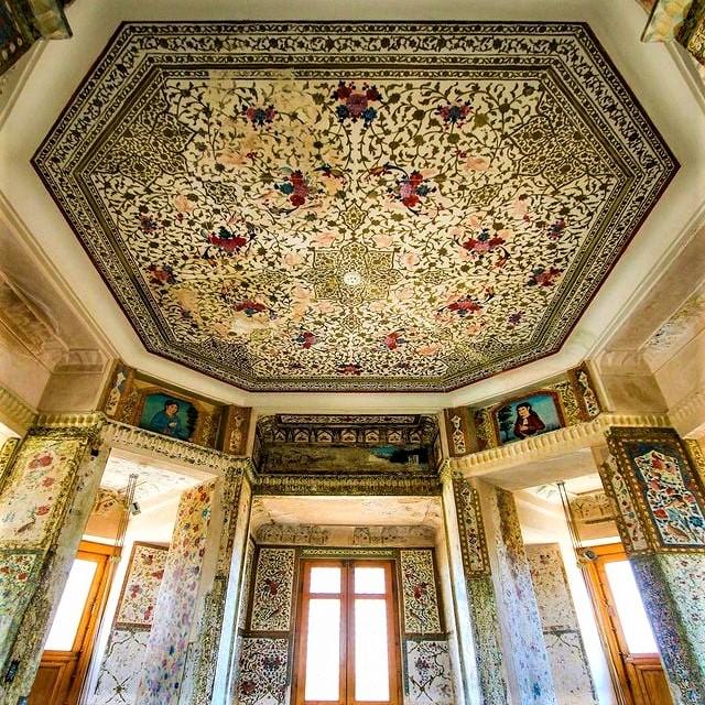 Rakib-Khaneh Building, Isfahan, Iran, dating back to the Safavid era
